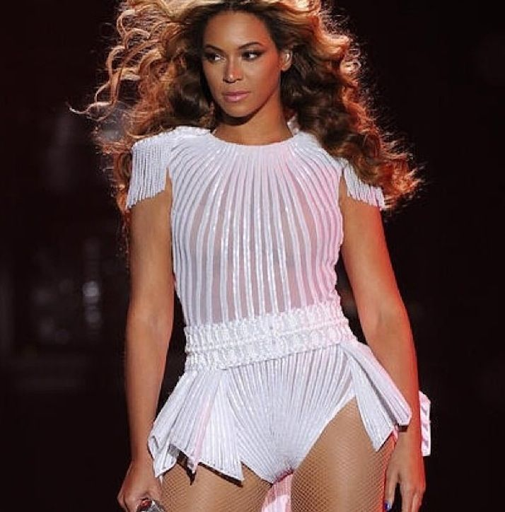 Can't Knock The Hustle:  Celeb Black Glamour Mom Beyonce Releases Surprise Album