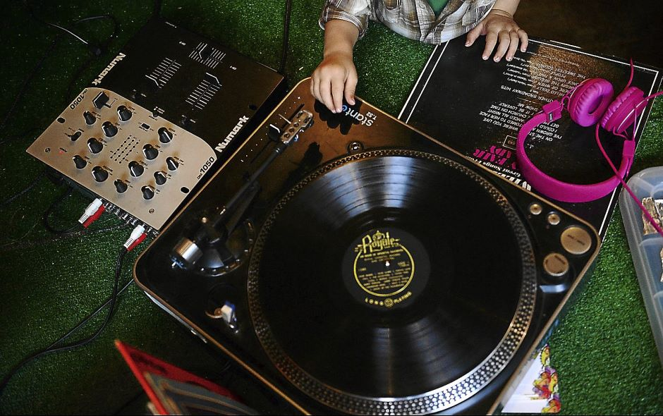 BGM Baby Scoop: A DJ School For Babies?