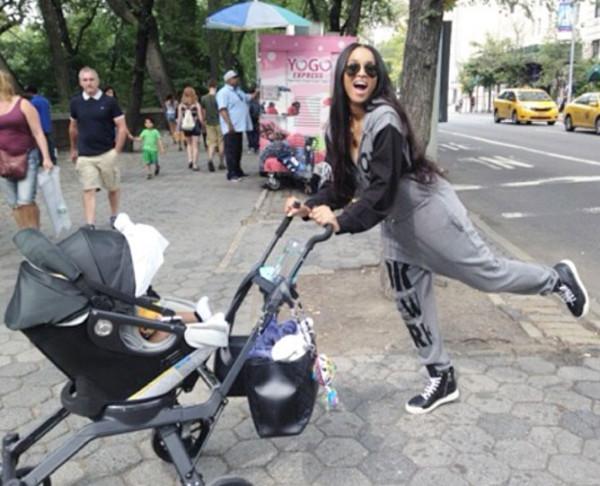 ciara-stroller-orbit-baby-instagram